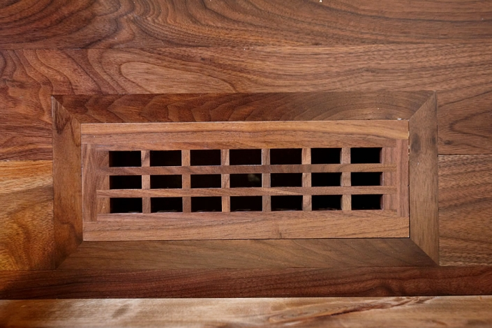 Flush with frame Floor Vent