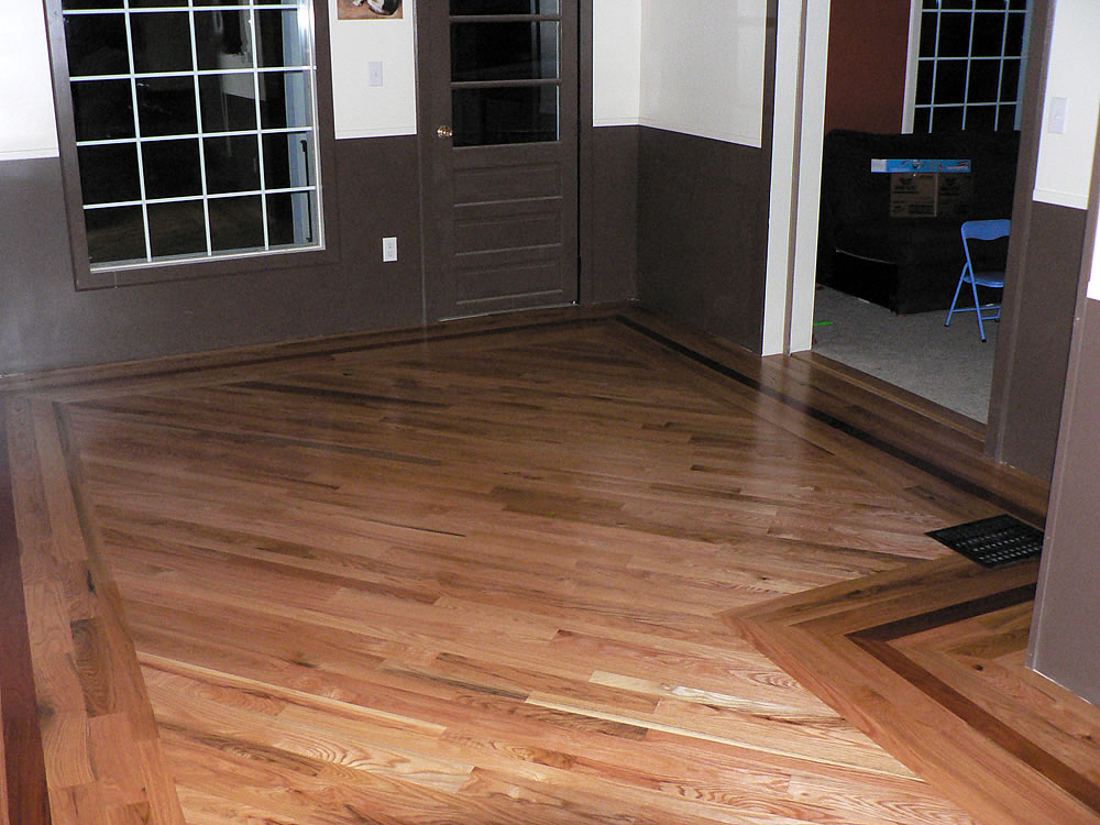 Random width red oak floor
